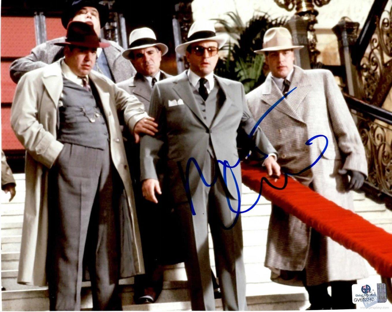 Item Details  sc 1 st  PROPbay.com & Al Caponeu0027s (Robert De Niro) handkerchief Wardrobe from The ...