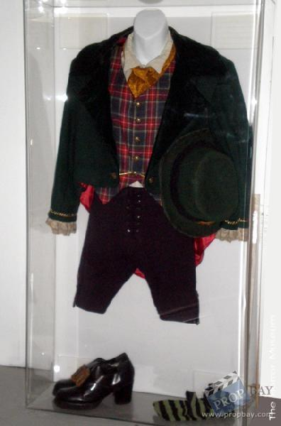 the leprechauns warwick davis complete costume wardrobe